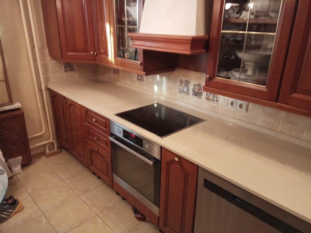 Кухонная столешница, искусственный камень