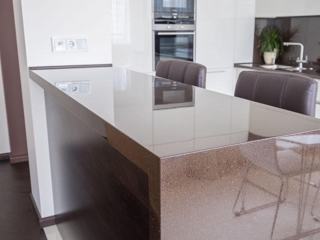 Барная стойка-стол, цельный камень