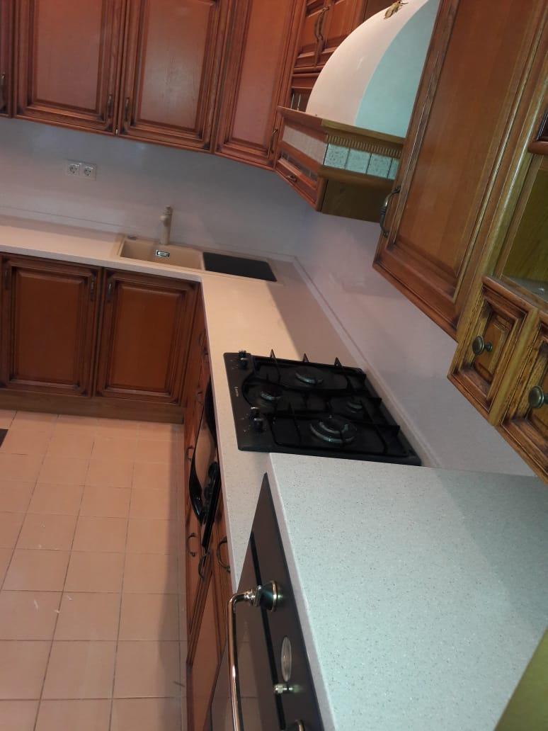 Угловая столешница на кухню