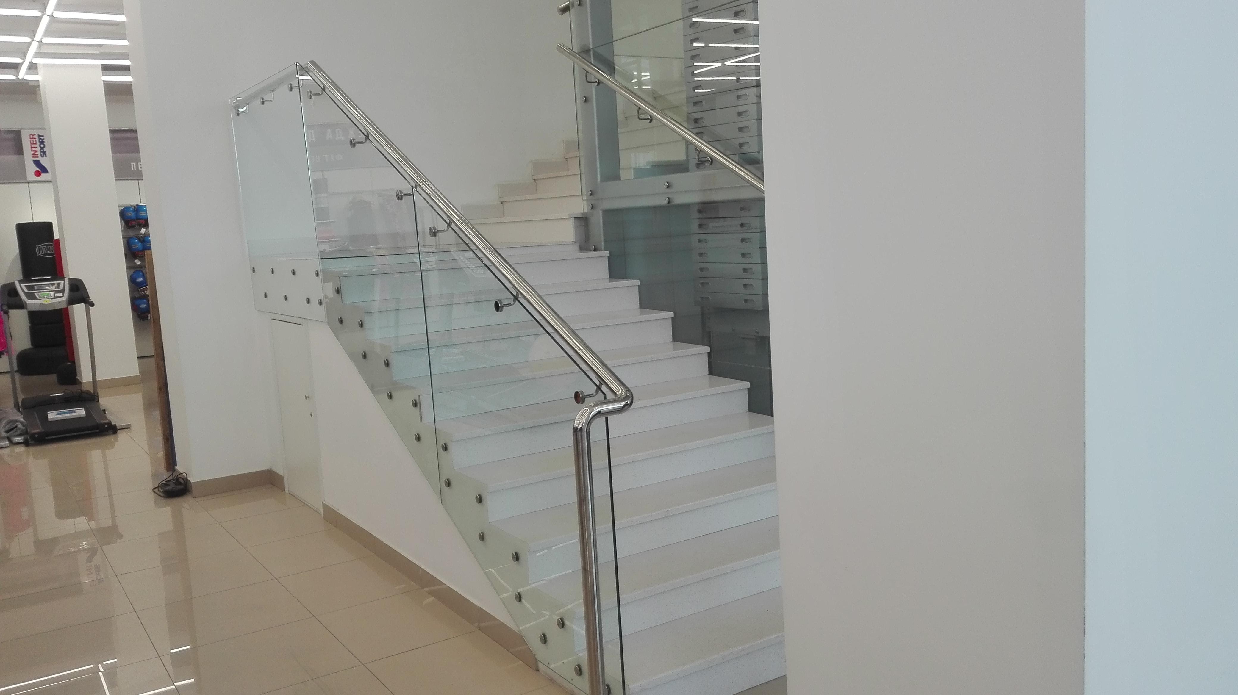 Лестница из Gralit в торговом центре